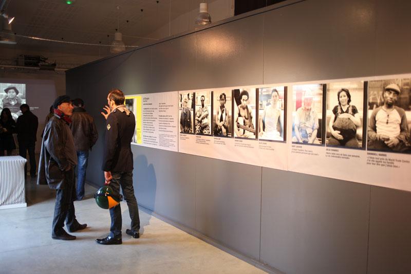 21.10.2011 Paimpol. Wystawa fotografii Tomasza Kiznego w rocznic´ zamachów 11 wrzeÊnia w USA. Fot. Piotr Wójcik